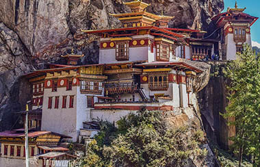Felsentempel in Bhutan